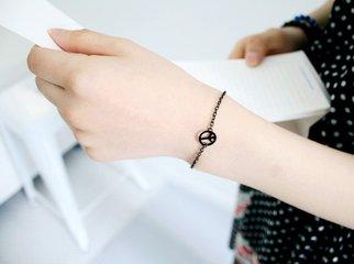 女人手腕上有痣代表什么
